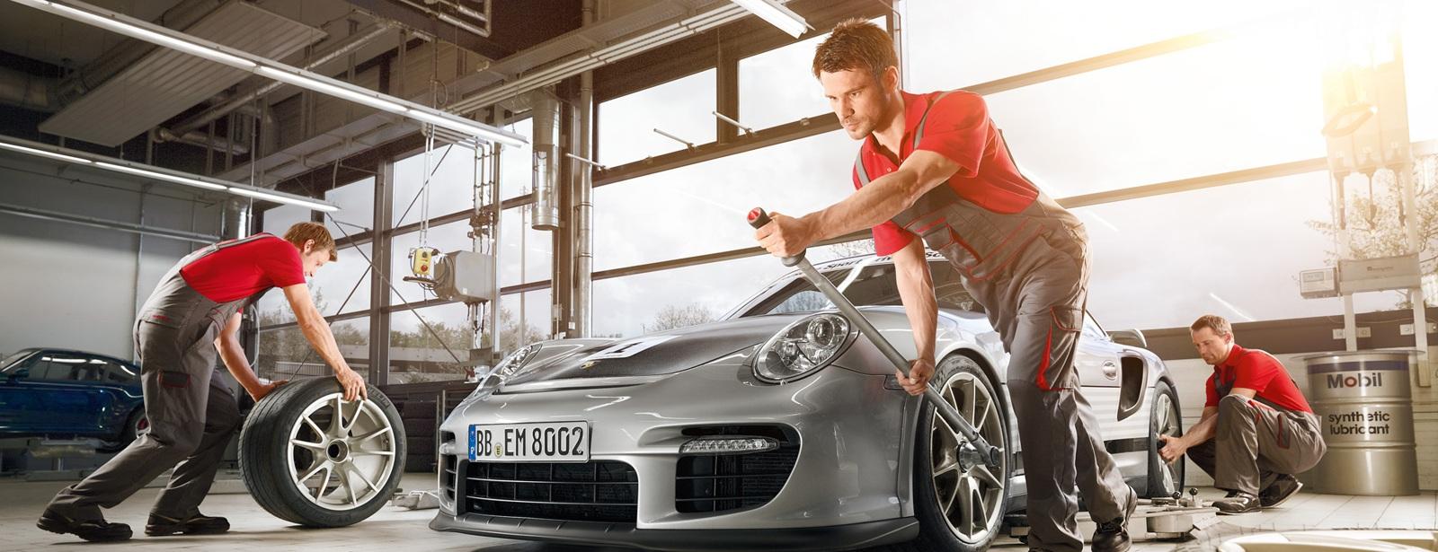 Porsche Service | Serviceangebote | Porsche Race Check